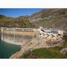 Engineering  et Architecture: Evacuateur de crue et canal du Barrage des Gloriet...                                                                                                                                                                                 Plus