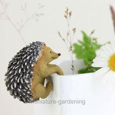 Miniature-Fairy-Garden-Hedgehog-Flower-Pot-Hugger