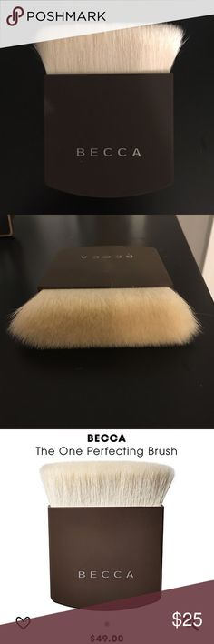 Becca The One Perfecting Brush Never used just been stored in my draw. Does not come with box. BECCA Makeup Brushes & Tools
