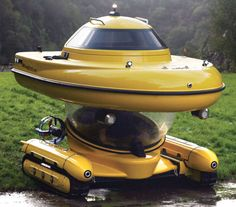 This Amphibious Tank Sub ATV Boat Looks Like a 6-Year-Old's Doodle