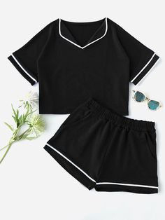 Shop a wide selection of Pajama Sets at ROMWE , and find more to fit your fashionable needs. Girls Fashion Clothes, Teen Fashion Outfits, Look Fashion, Girl Outfits, Clothes For Women, Gothic Fashion, Cute Sleepwear, Sleepwear Women, Pajamas Women
