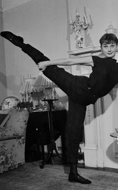 Audrey - I usually repin without adding any comment on the main description, but WOWWWWWW