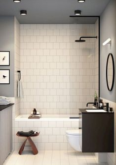 Tiny Bathrooms with Bathtub Ideas kleine Badezimmer mit Badewanne Ideen Bathroom Tub Shower, Small Bathroom With Shower, Mold In Bathroom, Tiny Bathrooms, Steam Showers Bathroom, White Bathroom, Simple Bathroom, Dyi Bathroom, Bathroom Cabinets