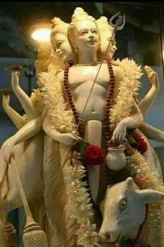 Dattatreya, the first guru to incarnate. Lord Vishnu, Lord Shiva, Indian Spirituality, Hindu Deities, Hinduism, Kali Mata, Swami Samarth, Sai Baba Photos, Lord Of The Dance