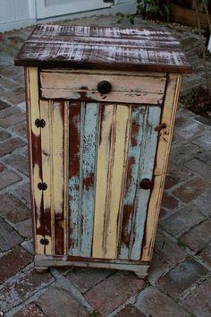 Reclaimed Wooden Table  Honey's Treasures  Wood por honeystreasures, $600.00