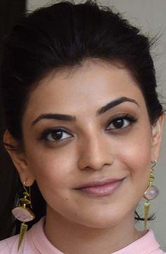 Model Kajal Agarwal Face Close Up Photos Gallery Indian Actress Hot Pics, South Indian Actress, Indian Actresses, Actress Pics, Beautiful Girl Indian, Most Beautiful Indian Actress, Beautiful Gorgeous, Beautiful Saree, Beautiful Women