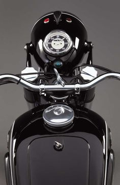 BMW R25/2 Front View