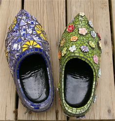 Dutch Wood Shoe Mosaic Stained Glass Flower Garden