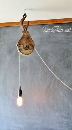 Barn Pulley Light via Knick of Time at KnickofTime.net