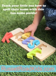 Teach your child how to spell their name with this fun name puzzle! - Emery Baby Name - Ideas of Emery Baby Name - - Teach your child how to spell their name with this fun name puzzle! Infant Activities, Activities For Kids, Crafts For Kids, Fun Crafts, Toddler Fun, Toddler Learning, Toddler Preschool, Toddler Toys, Baby Girls