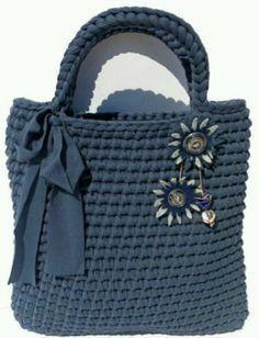 Super Knitting Yarn Bag T Shirts 19 Ideas Bag Crochet, Crochet Diy, Crochet Handbags, Crochet Purses, Love Crochet, Crochet Crafts, Yarn Bag, T Shirt Yarn, Knitted Bags