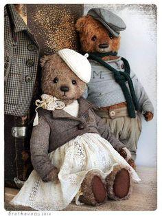 Amazing Home Sewing Crafts Ideas. Incredible Home Sewing Crafts Ideas. Teddy Bear Clothes, Teddy Toys, Shabby, Tedy Bear, Antique Teddy Bears, Cute Stuffed Animals, Love Bear, Cute Teddy Bears, Bear Doll