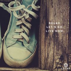 Happy Weekend - relax and live now!