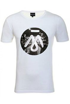 Just a couple of chances left to get your hands on the massive CITY LIGHTS deluxe fit roundneck - www.memoirapparel.com