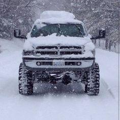 Dodge Ram 2500 4x4 In the snow