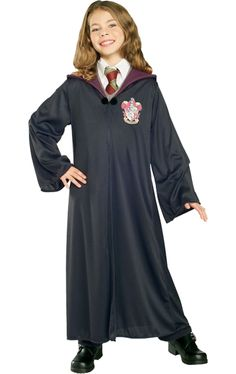 Find the best ideas for Harry Potter Hermione costumes. Transform yourself or your kid into the magical wizard. Hermione Granger is House Gryffindor. Harry Potter Gryffindor Robe, Harry Potter Hermione, Maske Halloween, Halloween Kostüm, Halloween Costumes For Kids, Halloween Makeup, Halloween Recipe, Halloween Decorations, Women Halloween