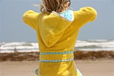 The BEACH ROBE PATTERN   MADE - to be made hoodless and sleeveless