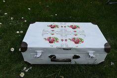 Vintage Koffer - Vintage shabby-Romantik Koffer - ein Designerstück von adelsli bei DaWanda