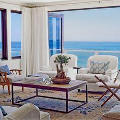 CHIC COASTAL LIVING: Easy Beach Elegance with Designer Tim Clark