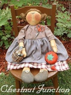 Sew Suzie EPATTERN primitive country craft cloth doll ornament decoration decor fabric crafts sewing pattern design by chestnut junction Primitive Country Crafts, Primitive Folk Art, Craft Patterns, Sewing Patterns, Primitive Doll Patterns, Sewing Pillows, Doll Crafts, Fabric Dolls, Art Dolls