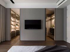 /أمل العايد on in 2020 Master Bedroom Layout, Master Room, Bedroom Layouts, Loft Room, Bedroom Loft, Modern Bedroom, Dream Bedroom, Attic Bedroom Designs, Bedroom Closet Design