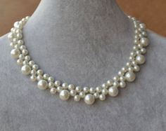 Ivory pearl necklace or white pearl Necklace,Glass Pearl Necklace,Wedding Necklace,bridesmaid necklace,Jewelry