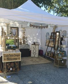 Wooden jewelry organizer, stand, display / You are beautiful / minimalist, modern / for earrings / eco friendly - Custom Jewelry Ideas Craft Stall Display, Craft Show Booths, Craft Booth Displays, Craft Show Ideas, Display Ideas, Booth Ideas, Display Case, Vendor Displays, Vendor Booth