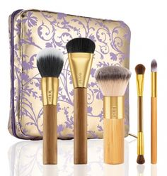 Tarte Holiday 2014 Available Now!Tarte Brushed with Destiny Set of 5 Bamboo Brushes & Makeup Bag Set $44 Includes:      Contourtionist bamboo cream blush & contour brush     The Balancing Act bamboo foundation brush     The Buffer airbrush finish bamboo foundation brush     Double-Ended Bamboo eyeshadow brush     Undercover Lover bamboo concealer brush     Limited-edition Collector's Brush & Makeup Bag