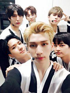 Vixx | Hyuk | N | Hongbin | Ken | Ravi | Leo | Starlight ❤