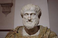 Plato zagen we al eerder in deze lijst, maar zijn ster leerling genaamd Aristoteles heeft het nog verder weten te schoppen. Aristoteles werd geboren in 384 en stierf 322 voor Christus. Hij studeerde aan Plato's Academie, en stichtte later in zijn leven zijn eigen leerschool, genaamd Lyceum (wederom, alle lycea ter wereld zijn naar dit lyceum vernoemd). Aristoteles was een echte manus van alles, hij bestudeerde biologie, fysica, metafysica, logica, ethiek, poëzie, theater, talen, retorica…