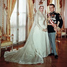 Grace Kelly Wedding Portrait | Brides.com