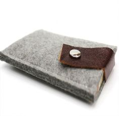 iPhone 5 Wallet Sleeve Uncovet