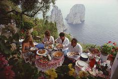 Dining Al Fresco On Capri Lee Radziwill, Theodora Home, Capri Italy, Naples Italy, Sorrento Italy, Italy Italy, Venice Italy, Jacqueline Kennedy Onassis, Ali Larter