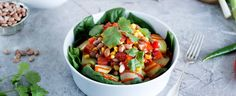 Southwestern potato bowl- What's more filling than potatoes? And what packs more Southwestern flavor than Ro-Tel Tomatoes and Green Chilies? Giddyup for this quick vegan potato bowl. Plant Based Eating, Plant Based Diet, Plant Based Recipes, Green Chili Recipes, Whole Food Recipes, Dinner Recipes, Cooking Courses, Vegan Main Dishes, Meals For The Week