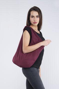 740ab3b8f390 borsa a sacca rettangolare dipinta a mano di medie dimensioni in tela di  lino con parti in pelle di vitello