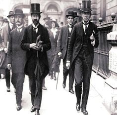 https://broadsidesdotme.files.wordpress.com/2014/08/gavan-duffy-arriving-at-the-royal-courts-for-the-casement-trial.jpg