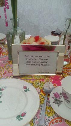 Alice in wonderland table