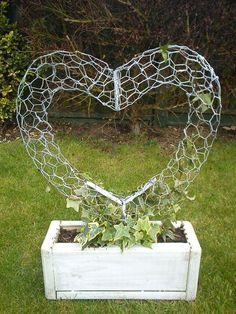Wire Heart 1