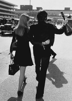 Paul McCartney and Jane Asher at Heathrow, March 1968 - The #Beatles