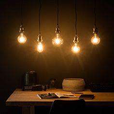 Suspension 5 ampoules en métal noir et bronze L.103cm   Maisons du Monde