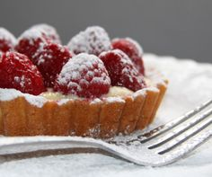 french raspberry tart deliciousness