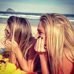 Girls, blond, rubia, beach, playa, tropical