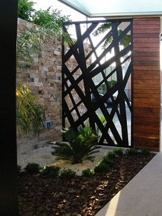 Best Ever Backyard & Front Yard Fence Ideas and Inspirations Horizontal Fence Design Ideas,Fence Div Tor Design, Fence Design, House Design, Design Exterior, Interior And Exterior, Decorative Screens, Front Yard Fence, Modern Fence, Backyard Fences