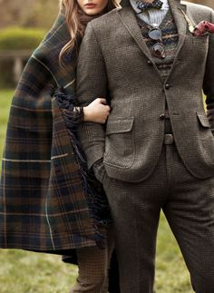 Tartan and tweed... might be time to renovate my Wal-martish wardrobe. Been awhile since I've been able to afford to spend money on clothes that didn't come second-hand.