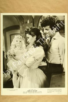 Babes in Toyland, Walt Disney production, one of the title roles Mary Timbucktoo (Annette Funicello) and Tommy Constantinople (Tommy Sands)