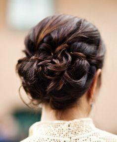 http://www.modwedding.com/2014/01/20/22-gorgeous-wedding-hairstyles-we-adore/ #hairstyle #wedding #weddings Photo: Docuvitae