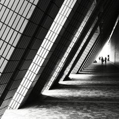 black and white photography | lighting | silhouette | perspective | shadow | architecture | lines Scenery Photography, Photography Lighting, Photography Business, Macro Photography, Amazing Photography, Landscape Photography, Portrait Photography, Shadow Architecture, San Francisco Photography