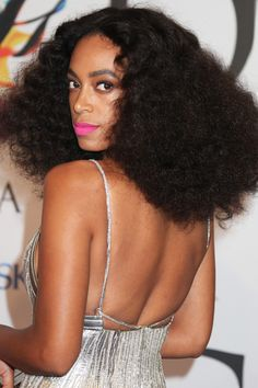 9 Nostalgic 'Dos That Are Rad Again #refinery29  http://www.refinery29.com/nostalgic-hairstyles#slide8  Diana Ross, is that you? Solange's teased-out, voluminous Afro is a major '70s throwback.