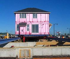 The Future of Prefab? Move the Whole House : TreeHugger