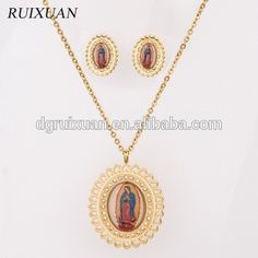 2015 latest design Graceful virgin mary 3d picture gold plated stainless steel jewelry sets